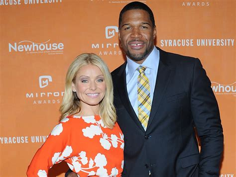 live with kelly michael kelly ripa returns to quot live with kelly and michael