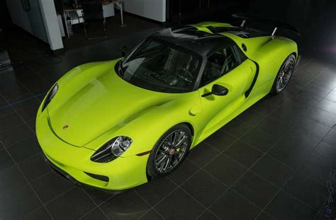 porsche 918 acid green 3 million acid green porsche 918 spyder for sale gtspirit
