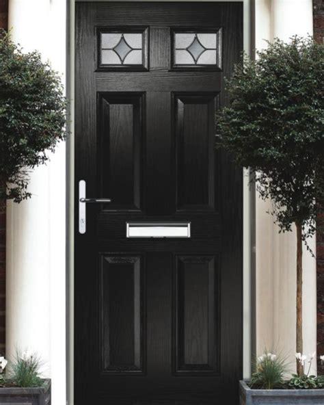 contoh desain pintu depan rumah contoh warna yang tepat untuk pintu depan rumah sketsa