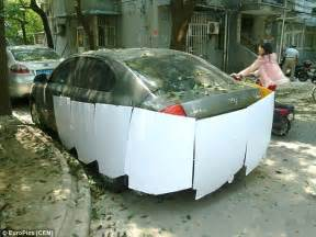 Convertible Sedan Resin Pajangan Mobil Unik cara unik lindungi mobil saat diparkir viva