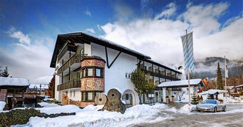 hütte in den bergen die top 5 hotels f 252 r euer silvester in den bergen tui