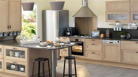 poign馥 de porte de placard de cuisine stunning meubles cuisine lapeyre blancs cuisine blanc