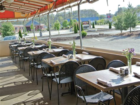 Outdoor Dining In Pittsburgh Summer Edition Whirl Magazine
