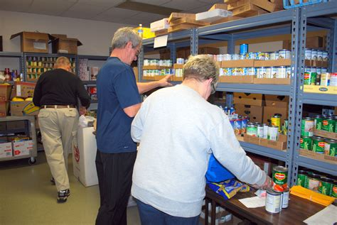 Catholic Food Pantry by Food Pantry Needs Grow 171 Today S Catholic News