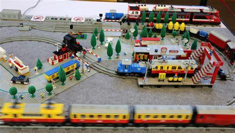 LEGO 12V Eisenbahn Layout auf der Stein Hanse 2016