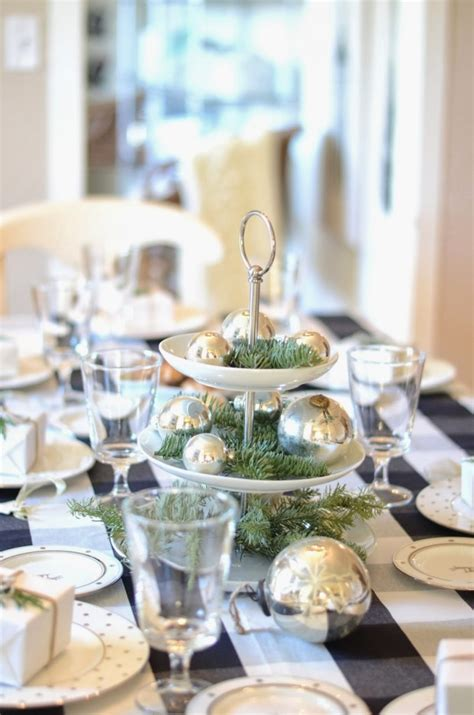 how to decorate dining table how to decorate your dining table for christmas 20