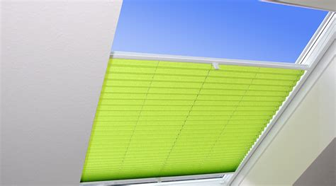 dachfenster plissee dachfenster verspannt rojaflex