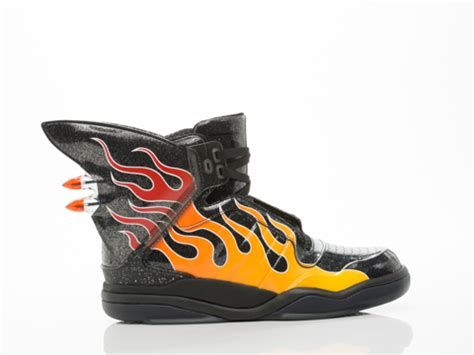 The Enligne Flames Shoes adidas x nike dunk sorties