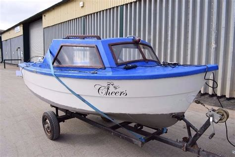 Small Cabin Boat by 14ft Mayland Day Fishing Boat With Small Cabin In