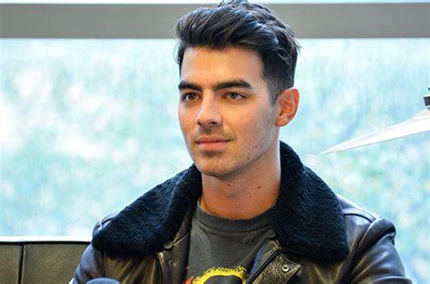 Joe Jonas 2015 | joe jonas on kate hudson nick jonas romance rumors you