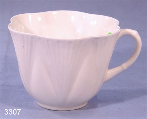 1920s Cabinet Shelley Vintage Fluted Fine Bone China Tea Cup