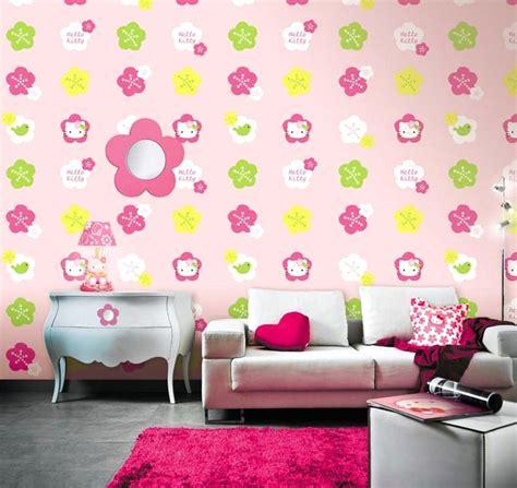 Wallpaper Dinding Ruang Tamu Hello Kitty | 65 desain wallpaper dinding ruang tamu minimalis terbaru