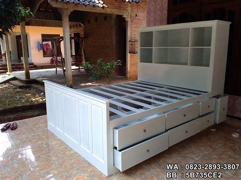 Tempat Tidur Minimalis Warna Putih tempat tidur minimalis laci putih toko mebel furniture