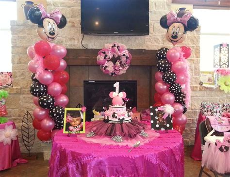 1st Birthday Decorations Minnie Mouse by Minnie Mouse Birthday Quot Ellie S 1st Birthday Celebration