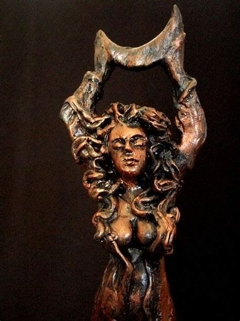 aradia queen of the witches plaque in wood or stone finish goddess aradia queen of the witches