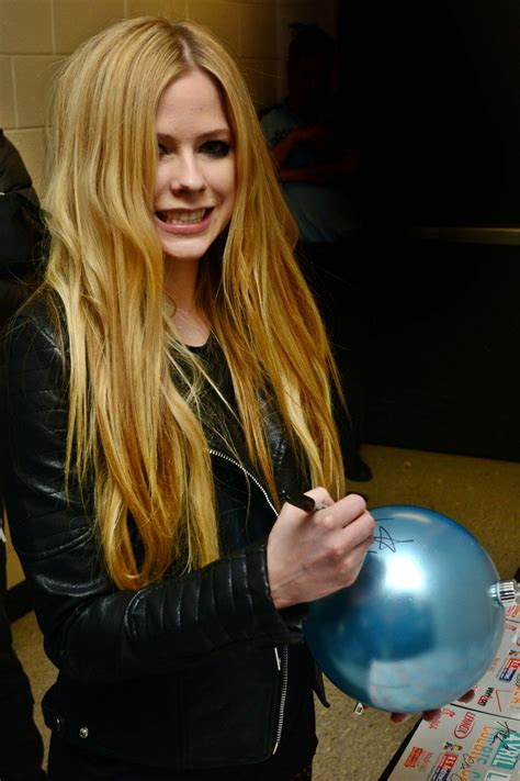 Avril Justifies Spitting On Photographers by Avril Lavigne Chad Kroeger Peace Justice