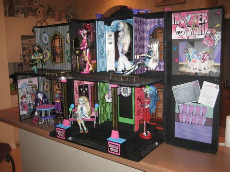 monster high houses another cool mh house monster high photo 25860978 fanpop