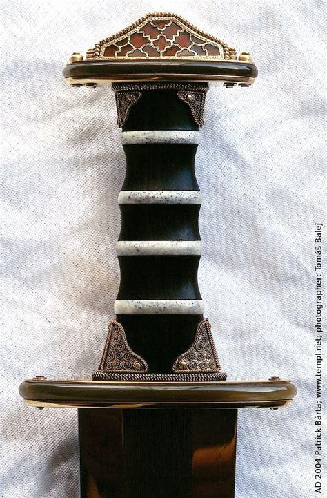 Saxon Pattern Welding | saxon sword pattern welded blade cloisonne work pommel