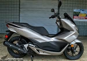 Honda Pcx 150 Mileage 2016 Honda Pcx150 Scooter Ride Review Specs Mpg