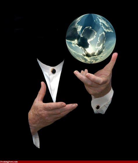 The Magic magic examine the glass