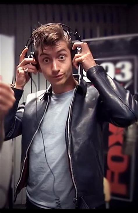 alex alex turner photo 29957178 fanpop