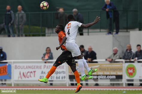 16 Lava L by 16 Moussa Stade Lavallois Imagesport Imagesport Fr