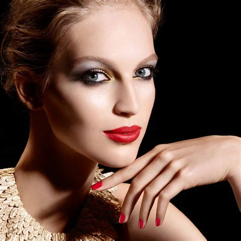 Makeup Chanel Ori 10 2014 nail collections worth splurging on