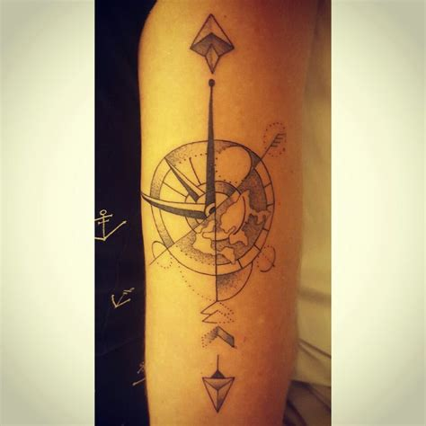 geometric compass tattoo 36 best images about geometrische tatoeages on