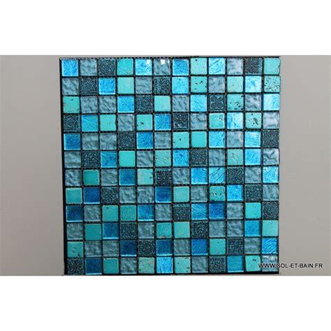 mosaique de verre bleu