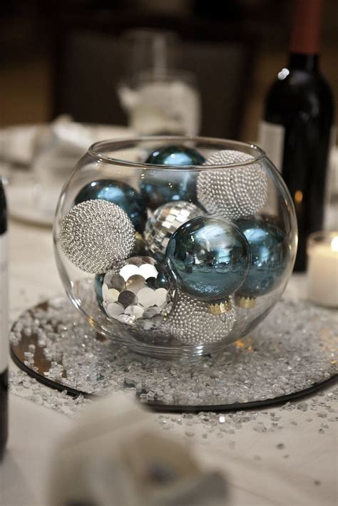 centerpieces with ornaments 1000 ideas about bowl centerpieces on fish
