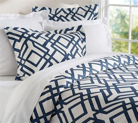 shelby geo blue  white duvet sham