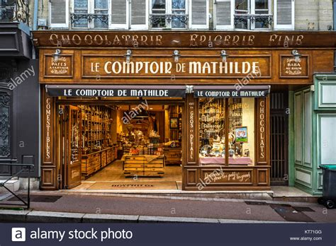 le comptoir de mathilde annecy le chocolatier stock photos le chocolatier stock images