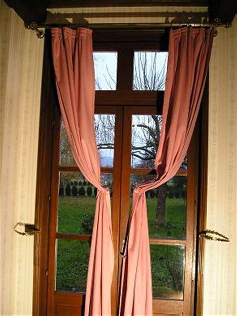 Attache Rideaux by Attache Rideaux Design Le Dindon