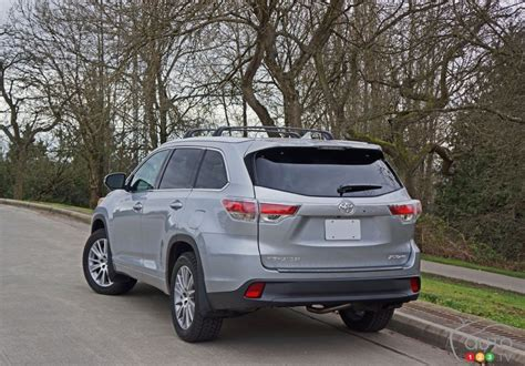 Toyota Xle Awd The 2016 Toyota Highlander Xle Awd Gets High Marks Car