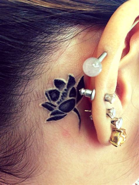 arabic tattoo behind ear chinese tattoo behind ear behind ear tat tattoo pictures