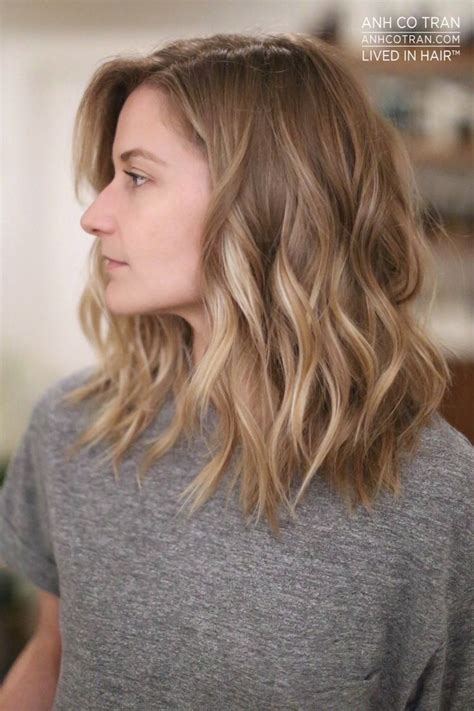 37 best short to medium blonde haircuts for 2017 2018 25 best ideas about mid length hairstyles on pinterest