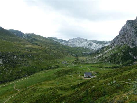 alpi marittime mondov rifugio mondov 236 rifugio garelli alpine hut