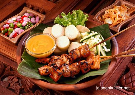 enjoy  ultimate taste  indonesian satay tempatnya