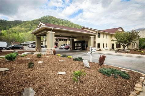 comfort inn in cherokee nc comfort inn maggie valley in cherokee hotel rates