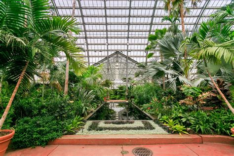 garfield park conservatory chicago sports outdoors