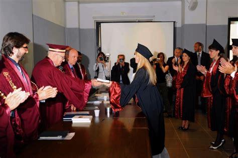unisa sedute di laurea foto barbara berlusconi laurea con 110 e lode 1 di 14