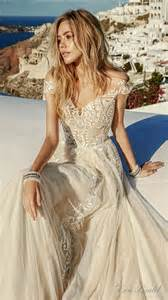 ivory color wedding dress 1000 ideas about big wedding dresses on