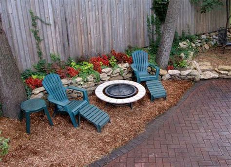 backyard lawn best 25 no grass yard ideas on garden ideas