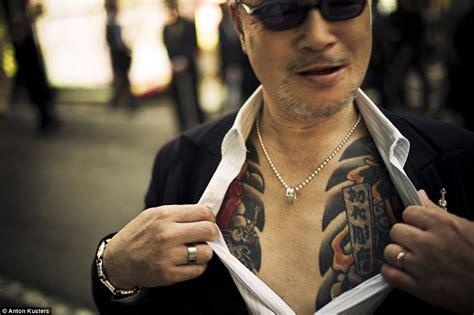 sejarah tattoo yakuza fearless yakuza japanese underworld criminal gangsters
