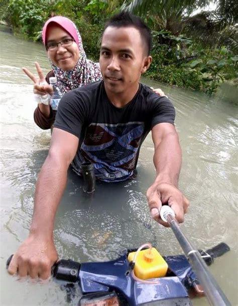 Tongsis Di Malaysia sukses modifikasi honda c70 anti air pemuda ini jadi terkenal roda2blog
