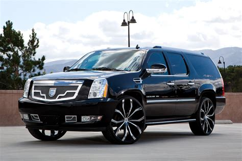 cadillac escalade custom lexani 174 lust wheels custom painted rims
