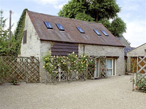 sykes cottages cotswolds sykes house cottage halford self catering cottage