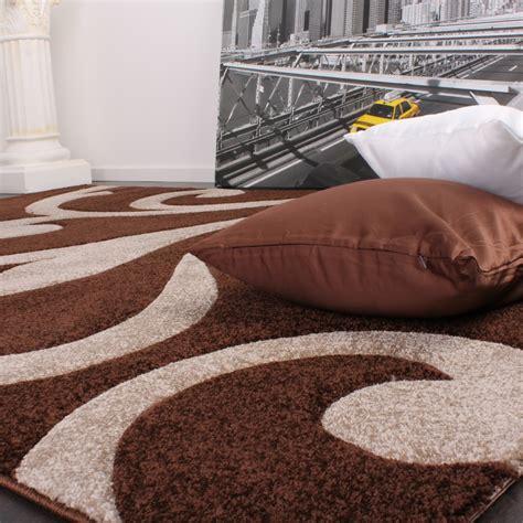 bettumrandung teppich bettumrandung l 228 ufer teppich ranken muster barock braun