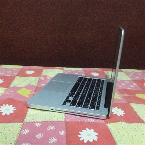 Macbook Pro Md101 Second jual beli apple macbook pro 9 2 md101 mid 2012 like new