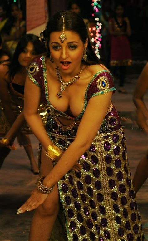 indian film hot songs tamil movies item girl sana oberoi spicy images